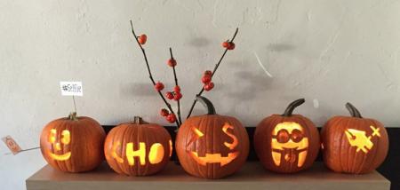 halloween social media pumpkins